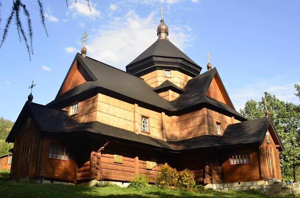 Храм Різдва Пресвятої Богородиці села Криворівня