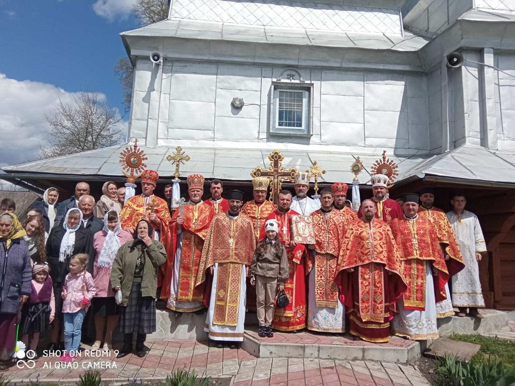 Престольне свято Храму села Острівець