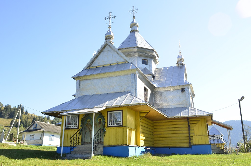 Храм Перенесення мощей Святителя Миколая села Бережниця