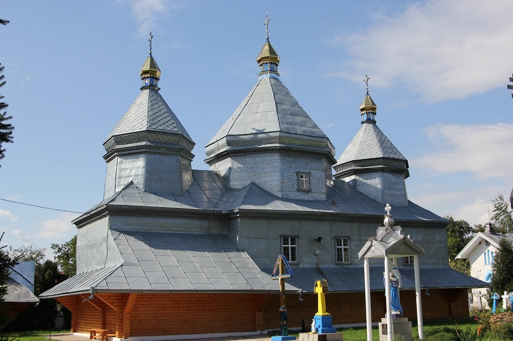 Храм Архістратига Михаїла села Виноград