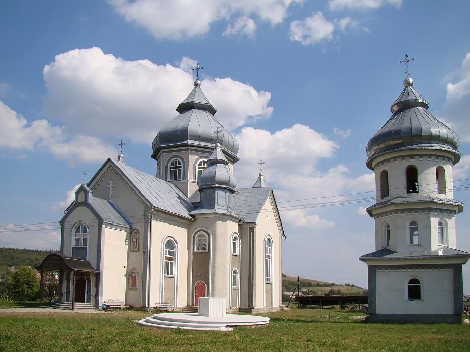 Храм Архістратига Михаїла села Гвізд
