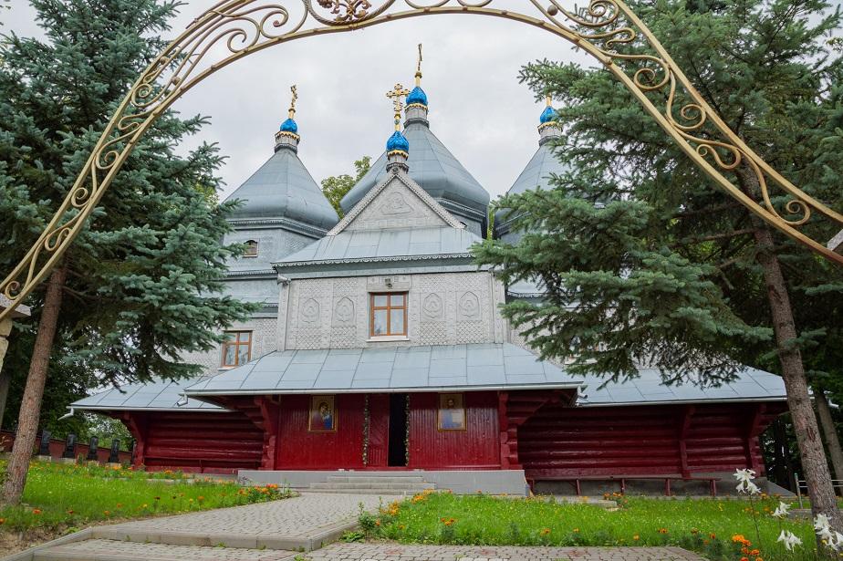 Храм Введення в храм Пресвятої Богородиці села Марківка