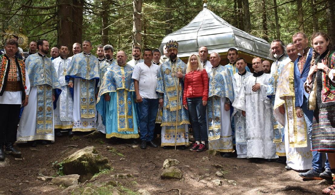 Традиційне паломництво вірних Коломийської Єпархії до місця з'явлення Пресвятої Богородиці в урочищі Ґаджина села Бистрець