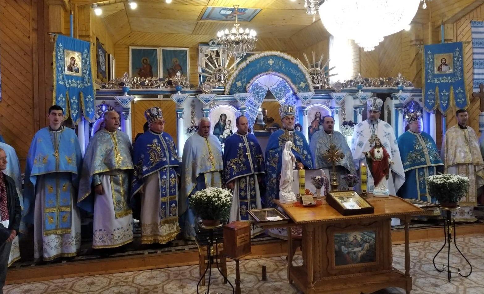Урочисте богослужіння з нагоди престольного свята та 120-ліття Храму села Трач