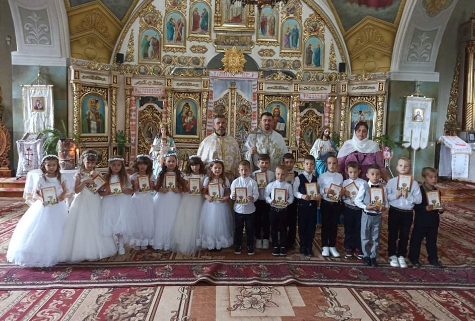 Свято першої Сповіді та урочистого Святого Причастя у Храмі села Джурків